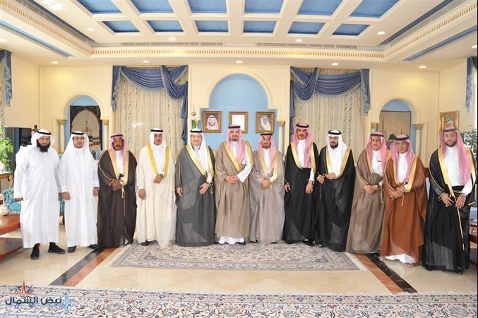 أمير الجوف يلتقى برئيس وأعضاء مجلس الغرفة التجارية الجديد