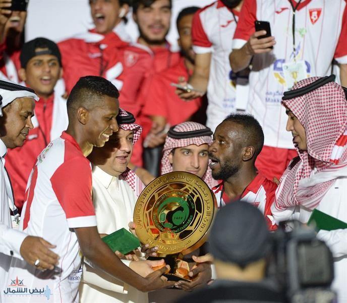 عادل عزت يُتوج الوحدة بلقب دوري الأمير محمد بن سلمان