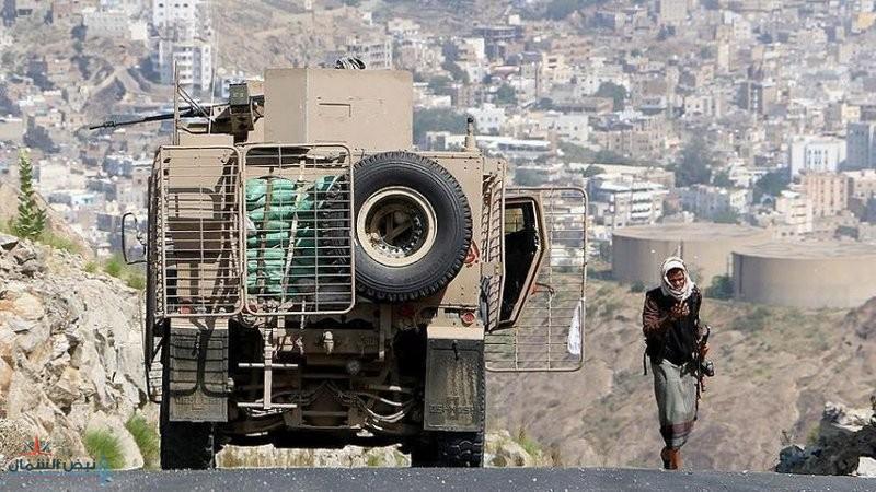 قيادي حوثي يعترف: الحوثيون مقبلون على هزيمة وهم في طور ما قبل السقوط