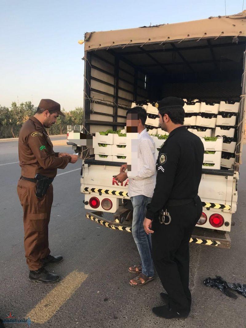 حملات أمنية بمدينة سكاكا ومحافظة طبرجل لضبط وتعقب مخالفي أنظمة الإقامة والعمل