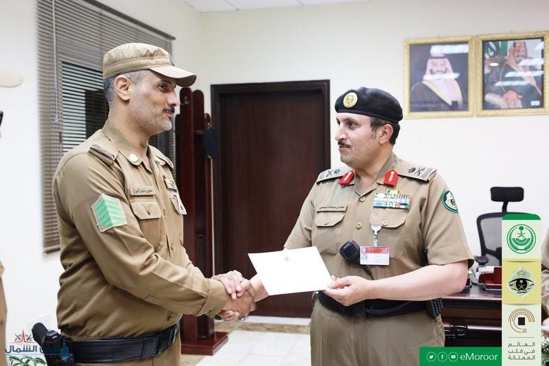 """وزير الداخلية يوجِّه بمكافأة رجال الأمن في فيديو """"دق على عمتك"""""""