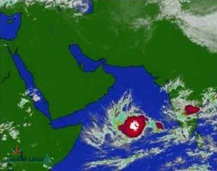تَشَكُلْ العاصفة المدارية  في بحر العرب ومن المحتمل أن تتطور إلي إعصار