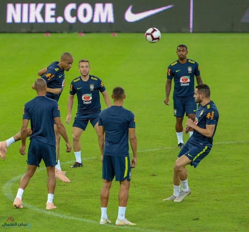"""""""كلاسيكو الأرض"""" يجمع البرازيل والأرجنتين على ملعب """"الجوهرة المشعة"""".. الليلة"""