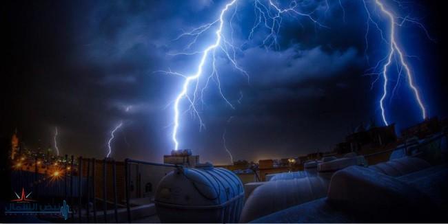 العاصفة المدارية لبان تُشعل فتيل الوسم في السعودية