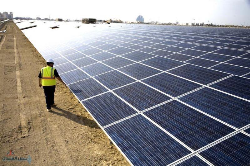 """تفاصيل مشروعي """"سكاكا للطاقة الشمسية"""" و""""دومة الجندل لطاقة الرياح"""" اللذين دشنهما خادم الحرمين"""