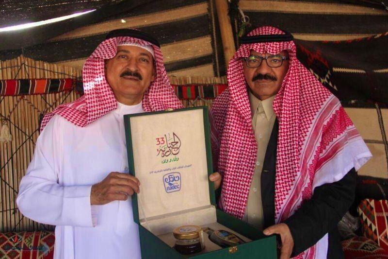الاعلامي والشاعر مهدي العبار يزور بيت الجوف بالجنادرية ٣٣