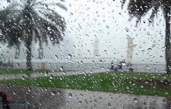 طقس اليوم.. أمطار بالرياض والشرقية ورياح مثيرة للأتربة على مكة والمدينة