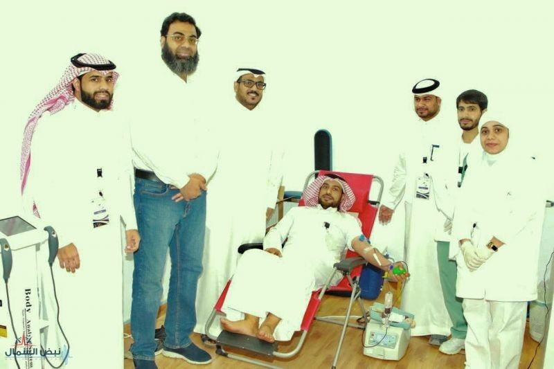 مستشفى الملك عبد العزيز ينظم حملة للتبرع بالدم ضمن كرنفال مناسبتي بالجوف