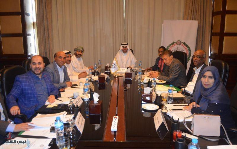 مكتب البرلمان العربي يناقش عدداً من القضايا الهامة والاستراتيجية في اجتماعه بالقاهرة