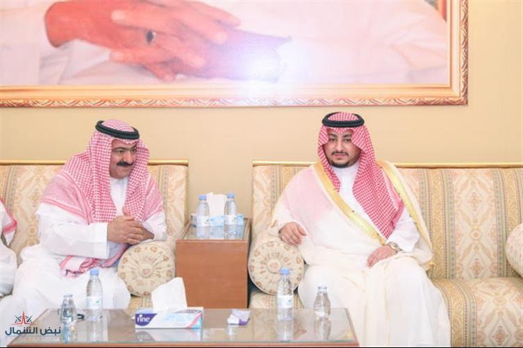 نائب أمير منطقة الجوف يعزي أسرة المويشير في وفاة والدتهم