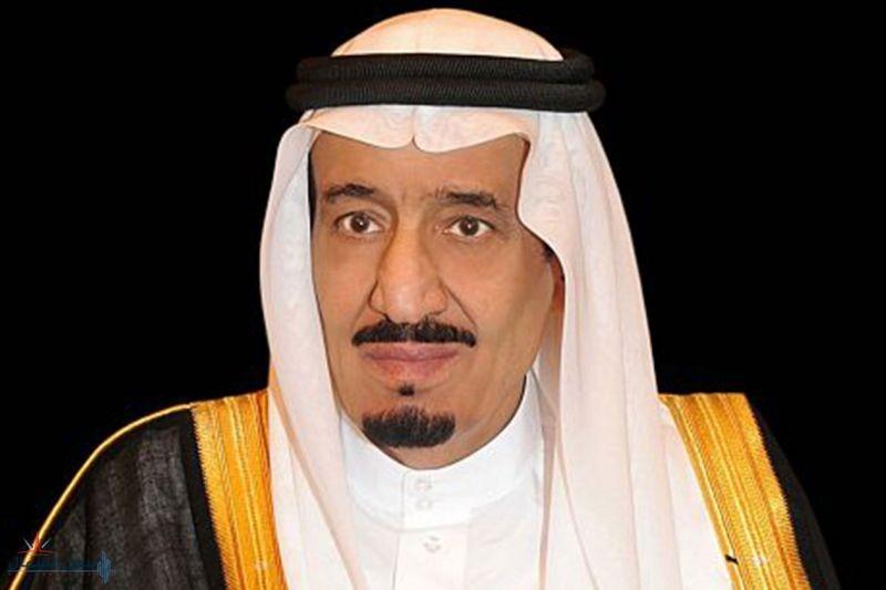 أمر ملكي بالموافقة على منح ( 1240 ) من منسوبي وزارة الدفاع أوسمة