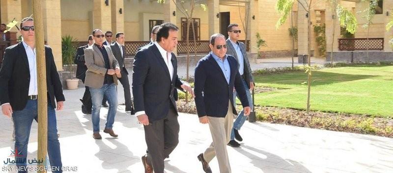"""""""السيسي"""" يتفقد جامعة الملك سلمان في جنوب سيناء"""