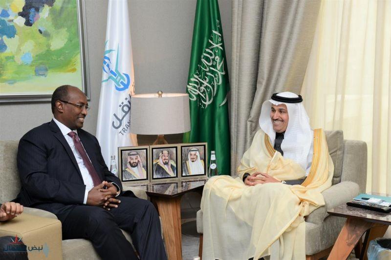 وزير النقل يلتقي وزير التجهيزات والنقل الجيبوتي