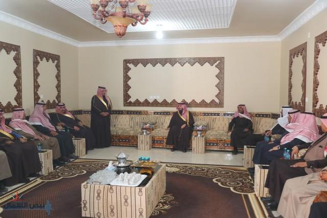 نائب أمير الجوف يعزي أسرة القايد بوفاة والدتهم