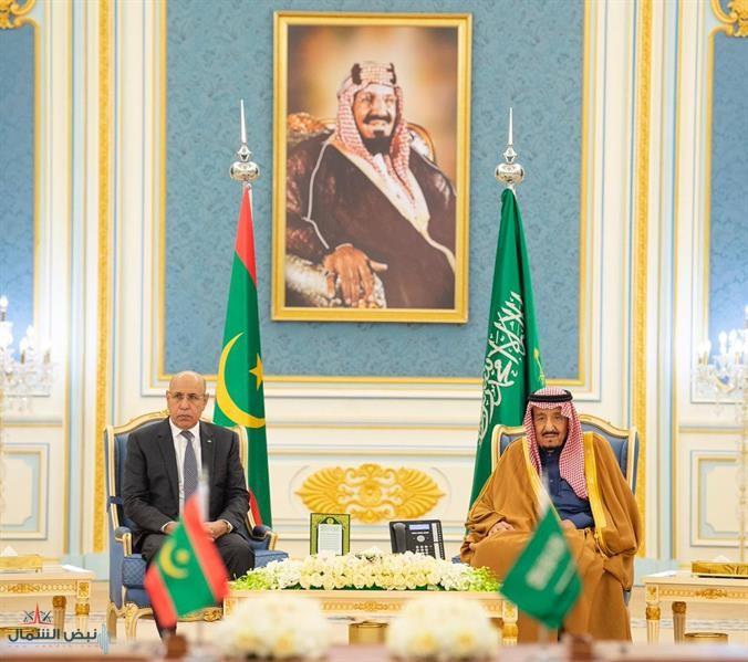 خادم الحرمين والرئيس الموريتاني يشهدان توقيع 4 اتفاقيات