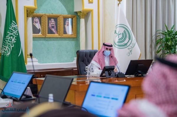 أمير منطقة الجوف يرأس اجتماعاً لاستعراض ومناقشة الفرص الإستثمارية السياحية بالمنطقة