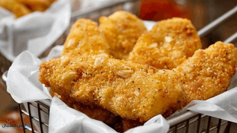 """طرح لحم دجاج """"مزروع"""" في المختبر للبيع لأول مرة في العالم!"""