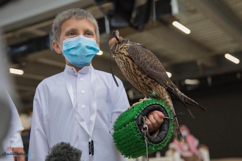 مهرجان الملك عبدالعزيز يخصّص شوط ملواح للصقارين الصغار