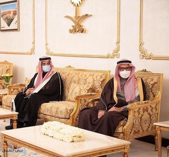 الأمير فيصل بن خالد بن سلطان بن عبد العزيز يستقبل رئيس جامعة الحدود الشمالية