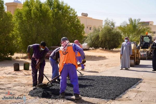 أمانة منطقة الجوف تنجز صيانة الطرق وتعالج التشققات الإسفلتية بمساحة ٧٨٠٠م٢ خلال شهر