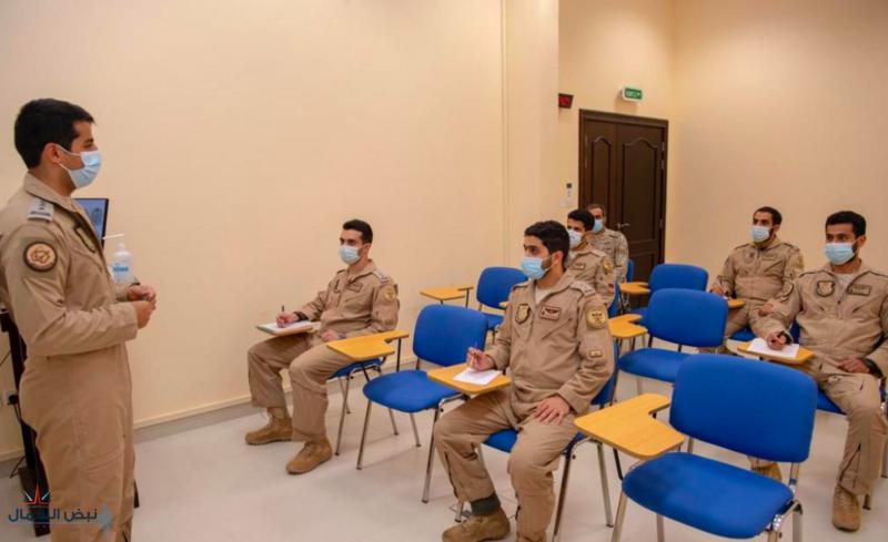 """بمشاركة القوات الجوية.. انطلاق مناورات تمرين """"علم الصحراء 2021"""" بالإمارات"""