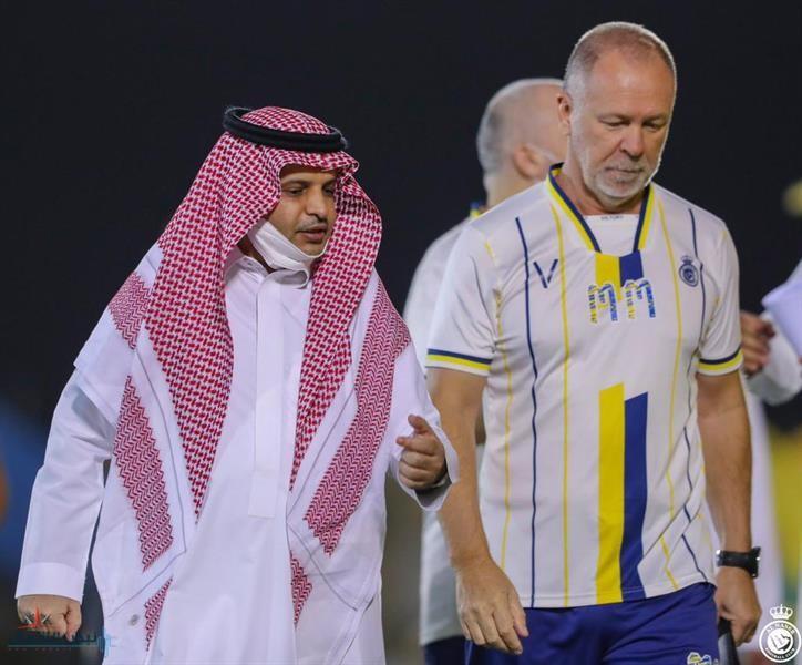 رسميًا.. النصر يُعلن إنهاء التعاقد مع المدرب البرازيلي مانو مينيز
