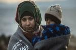 تركيا تخطط لمنح اللاجئين السوريين تصاريح عمل