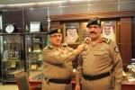 مدير شرطة منطقة الجوف يقلد سعد المنيع الشراري رتبة لواء