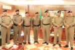 مدير شرطة محافظة القريات يقلد عدد من الأفراد رتبهم الجديدة
