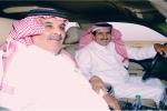 """الشيخ سليمان بن عاشق اللحاوي يُكرِم فريق عمل برنامج """"الموروث الشعبي"""""""