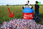 بالفيديو..ماذا سيحدث إذا أضفنا كمية من الصودا إلى 1000 ليتر من الكولا؟