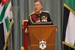 ملك الأردن يتوعد العابثين بالأمن بعد هجوم البقعة