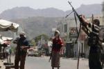 الحكومة اليمنية تناقش مع المبعوث الأممي تحويل الحوثيين إلى حزب سياسي