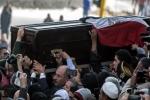 مصر..تشييع أحمد زويل في جنازة عسكرية