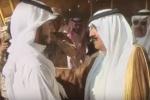موقف مؤثر بين الأمير متعب بن عبدالله وجندي بالحرس فقد يده في مواجهات الحد الجنوبي