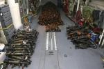 شاهد .. الطريقة التي تتبعها إيران لتهريب الأسلحة والصواريخ للميليشيات الحوثية