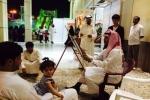 """""""الشراري"""".. موهوب بالفطرة يعرض رسوماته في مهرجان رفحاء ويرسم الشخوص في أقل من """"10"""" دقائق"""