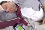 النوم أقل من 6 ساعات يسبب نفس أضرار المخدرات والخمور على المخ
