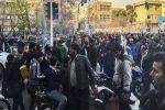 تجدد الاحتجاجات في إيران في تحد لتحذيرات بقمعها