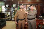 مدير شرطة منطقة الجوف يقلد المقدم عبار بن مياح الرويلي رتبته الجديدة