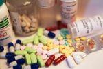 تشكيل لجنة لدراسة سبل توفير الأدوية غالية الثمن وغير المتوفرة في الأسواق