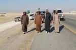"""بالصور : شبان يسيرون مئات الكيلومترات لنعي """"عبدالله"""" ومبايعة """"سلمان"""