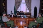 محافظ القريات يلتقي مدير جوازات منطقة الجوف في مكتبه بالمحافظة اليوم