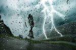 حالة الطقس المتوقعة اليوم الإثنين.. أمطار رعدية بالشرقة وغبار وأتربة على الرياض ونجران