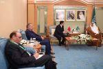 وزير الخارجية يستقبل نظيره المغربي ويبحثان جدول أعمال القمة الإسلامية