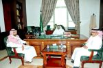 محافظ القريات يستقبل عدد من مديري الإدارات الحكومية المهنئين بعيد الأضحى المبارك