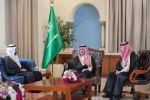 أمير الجوف بحضور سمو نائبه يستقبل وزير الصحة
