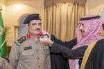 سمو أمير منطقة الجوف يقلد مدير مرور المنطقة رتبته الجديدة
