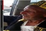 بالفيديو:مشجع مسن يوصي بتكفينه في شعار نادي الاتحاد