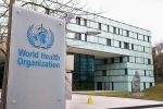 """""""الصحة العالمية"""": انتقال """"كورونا"""" عبر الهواء يكون عن طريق الرذاذ"""